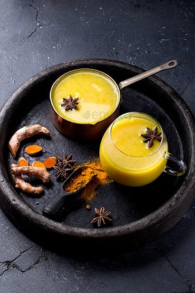 Tumeric milk with spices