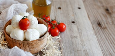 Italian cheese mozzarella with tomatoes and olive oil