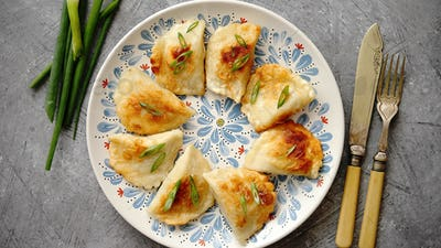 Fried dumplings with meat