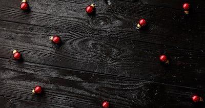 Small Christmas beads on table