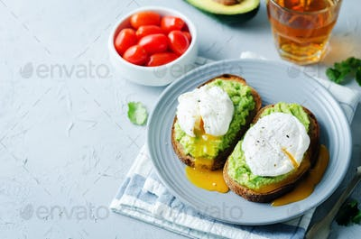 Poached egg Avocado Rye Toasts
