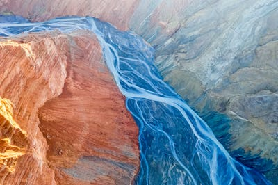 canyon riverbed ike a blood vessel