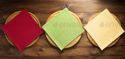 pizza cutting board and napkin cloth
