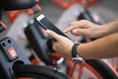 Scanning the bike sharing QR code