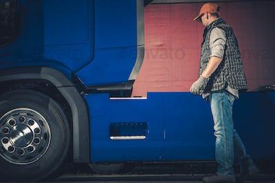 Semi Truck Stop Checkup