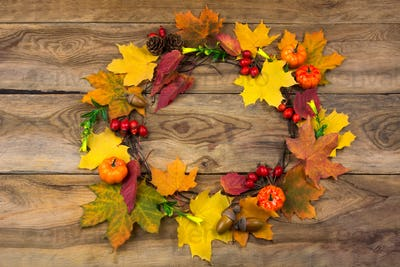 Thanksgiving door wreath with pumpkins and leaves