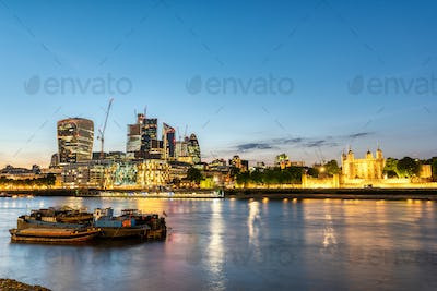 The Tower of London and the skyscrapers of the City