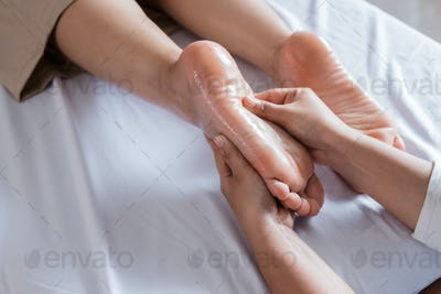 reflexology Thai leg massage treatment