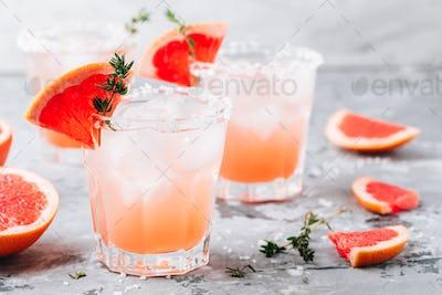 Grapefruit salty dog Cocktail