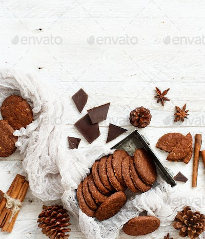Homemade oatmeal cookies with spices and pine cones