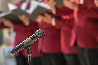 Microphone and mens choir