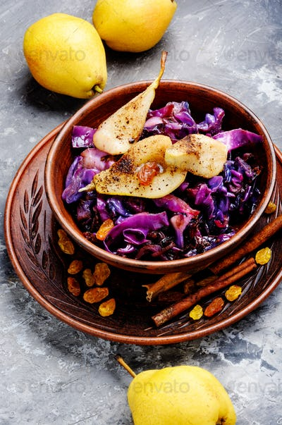 Salad of cabbage, pears and spices
