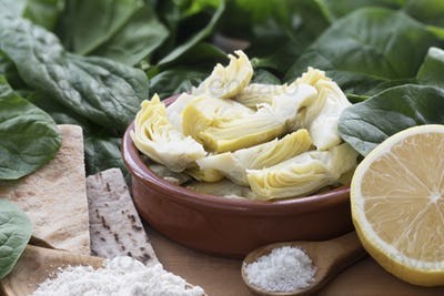 Quartered Artichoke Hears with Other Ingredients