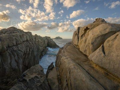 The granite cliffs of Moras
