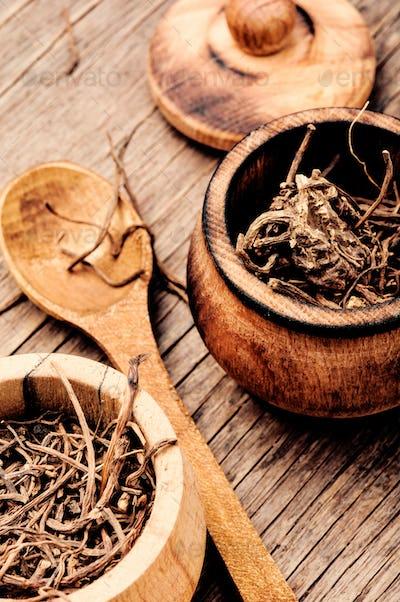 Dry root valerian