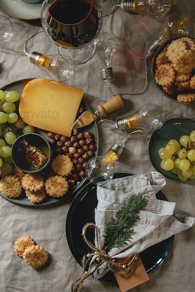 Christmas dinner set table