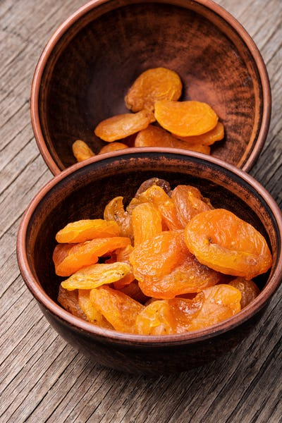 Dried apricots in the bowl