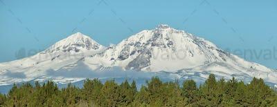 Three Sisters mountains, Oregon