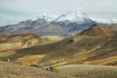 """Nevado de Putre"" and colorful mountain views from ""Cerro Milagro"""