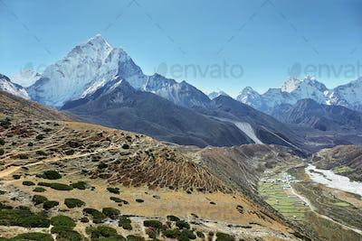 Ama Dablan mountain views and Periche village