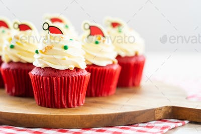 Sweet dessert with cupcake red velvet