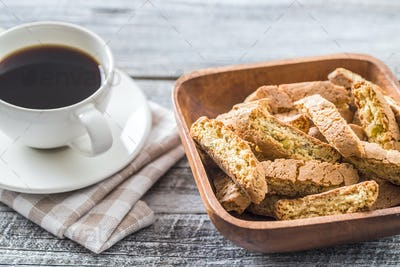 Sweet cantuccini biscuits.
