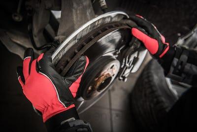 Replacing Car Brake Disc