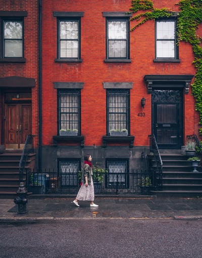 Young girl walking in New York