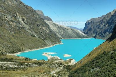 Paron lake, Peru