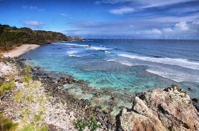 Poelua bay in north shore Maui