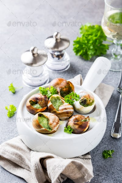 Snails with garlic herbs butter