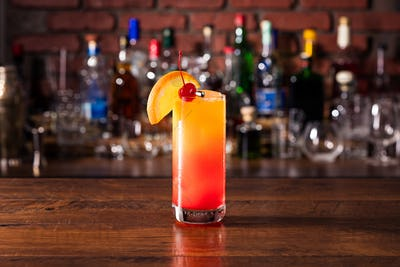 Refreshing Tequila Sunrise Cocktail