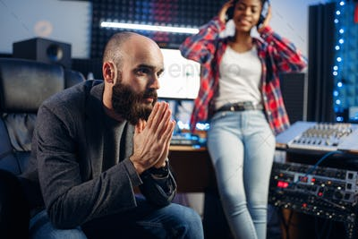 Sound producer and female singer, recording studio
