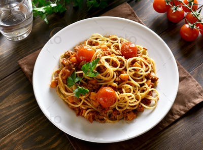 Spaghetti bolognese, top view