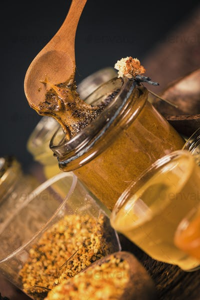 Royal Jelly Honey with Propolis and Pollen
