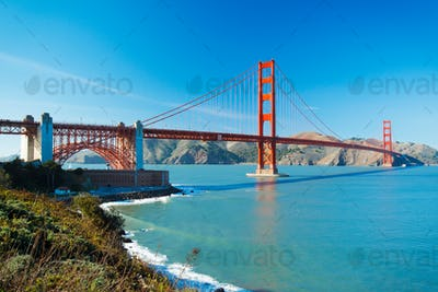 The Golden Gate Bridge in San Francisco with beautiful blue ocea