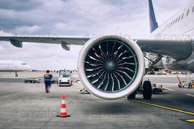 Preparation of airplane before flight