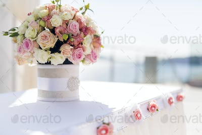 Beautiful wedding decoration with roses and a luxurious table se