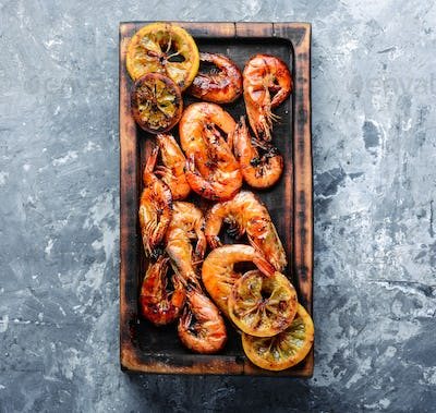 Delicious roasted shrimps