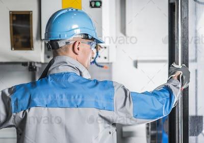 CNC Machinery Technician