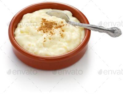 spanish rice pudding, arroz con leche