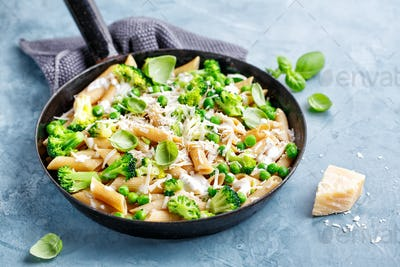 Healthy italian pasta with broccoli