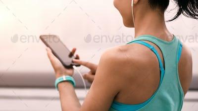 Runner listening music