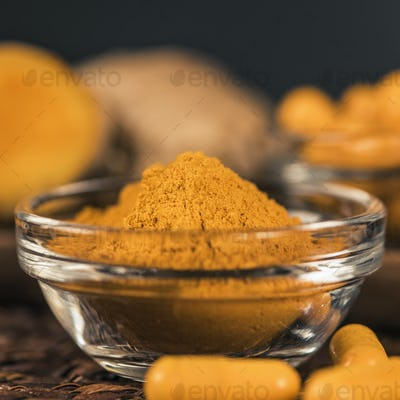 Turmeric Powder and Curcumin Herbal Supplement Capsules