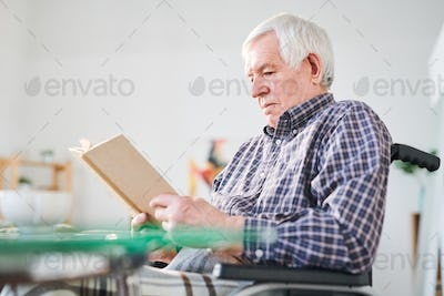 Reading in retirement home