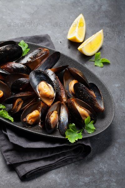 Delicious mussels with tomato sauce