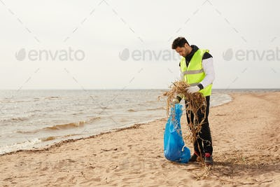 Volunteer on the beach