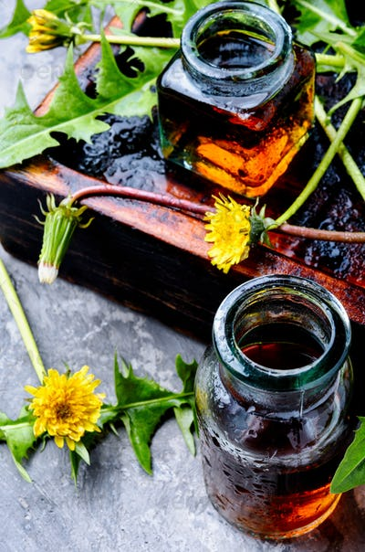 Dandelion tincture in bottle