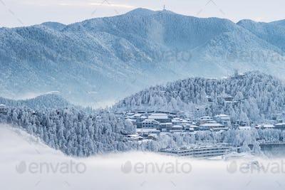 lushan mountain in winter