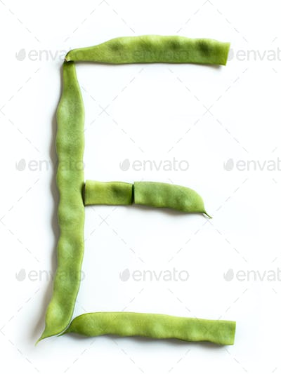 letter E made from Piattoni green beans